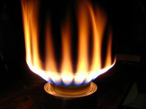 Cách sửa bếp gas bị bùng lửa tại nhà